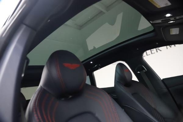New 2021 Aston Martin DBX for sale $213,086 at Alfa Romeo of Greenwich in Greenwich CT 06830 24