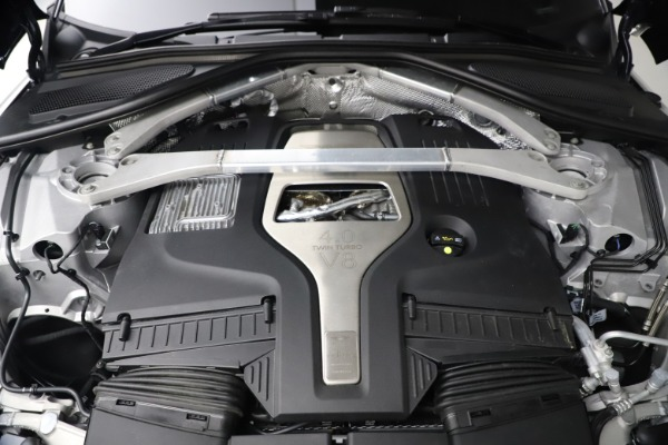 New 2021 Aston Martin DBX for sale $213,086 at Alfa Romeo of Greenwich in Greenwich CT 06830 25