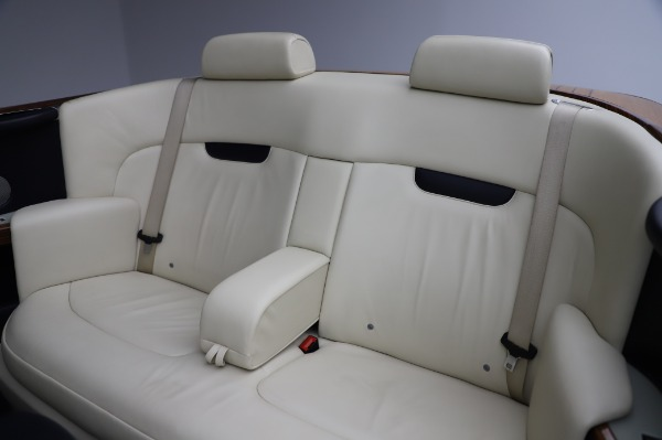 Used 2009 Rolls-Royce Phantom Drophead Coupe for sale $225,900 at Alfa Romeo of Greenwich in Greenwich CT 06830 23