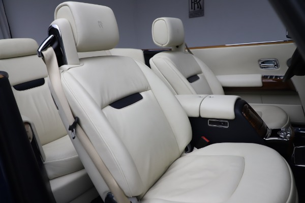 Used 2009 Rolls-Royce Phantom Drophead Coupe for sale $225,900 at Alfa Romeo of Greenwich in Greenwich CT 06830 26