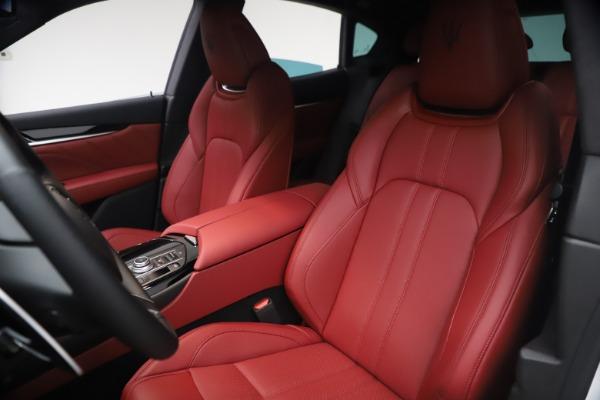 New 2021 Maserati Levante Q4 GranSport for sale $92,485 at Alfa Romeo of Greenwich in Greenwich CT 06830 16