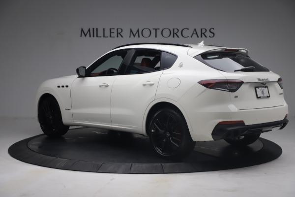 New 2021 Maserati Levante Q4 GranSport for sale $92,485 at Alfa Romeo of Greenwich in Greenwich CT 06830 4