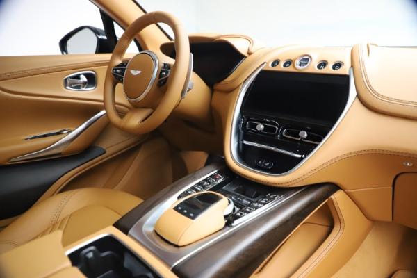 New 2021 Aston Martin DBX for sale $214,986 at Alfa Romeo of Greenwich in Greenwich CT 06830 18