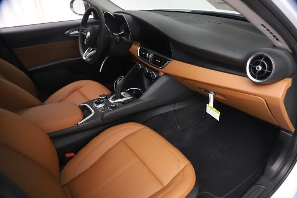 New 2021 Alfa Romeo Giulia Q4 for sale Sold at Alfa Romeo of Greenwich in Greenwich CT 06830 21