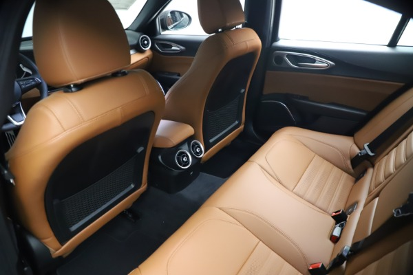 New 2021 Alfa Romeo Giulia Ti Sport Q4 for sale $54,050 at Alfa Romeo of Greenwich in Greenwich CT 06830 18