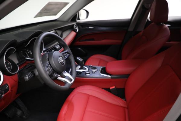 New 2021 Alfa Romeo Stelvio Q4 for sale $50,445 at Alfa Romeo of Greenwich in Greenwich CT 06830 13