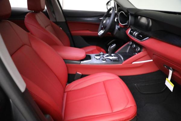 New 2021 Alfa Romeo Stelvio Q4 for sale $50,445 at Alfa Romeo of Greenwich in Greenwich CT 06830 20