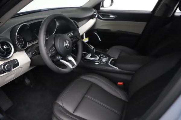 New 2021 Alfa Romeo Giulia Q4 for sale $48,245 at Alfa Romeo of Greenwich in Greenwich CT 06830 14