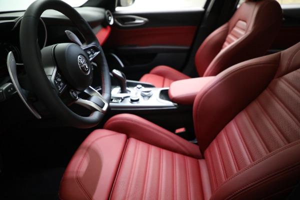 New 2021 Alfa Romeo Giulia Ti Sport Q4 for sale $54,050 at Alfa Romeo of Greenwich in Greenwich CT 06830 14