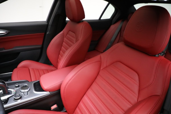 New 2021 Alfa Romeo Giulia Ti Sport Q4 for sale $54,050 at Alfa Romeo of Greenwich in Greenwich CT 06830 15