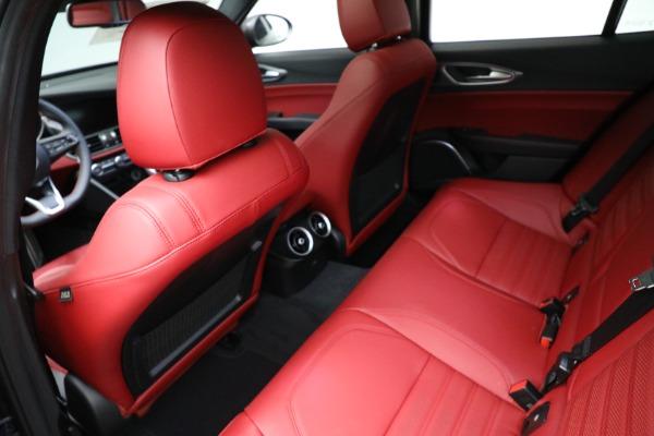 New 2021 Alfa Romeo Giulia Ti Sport Q4 for sale $54,050 at Alfa Romeo of Greenwich in Greenwich CT 06830 17