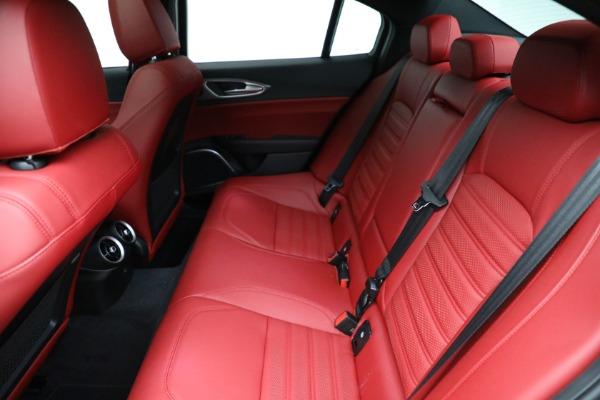 New 2021 Alfa Romeo Giulia Ti Sport Q4 for sale $54,050 at Alfa Romeo of Greenwich in Greenwich CT 06830 19