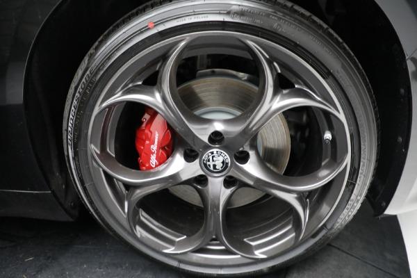 New 2021 Alfa Romeo Giulia Ti Sport Q4 for sale $54,050 at Alfa Romeo of Greenwich in Greenwich CT 06830 24