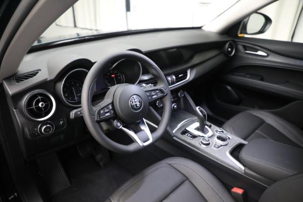 New 2021 Alfa Romeo Stelvio Q4 for sale $50,445 at Alfa Romeo of Greenwich in Greenwich CT 06830 16