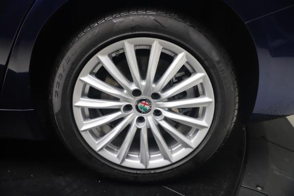 New 2021 Alfa Romeo Giulia Q4 for sale Call for price at Alfa Romeo of Greenwich in Greenwich CT 06830 22