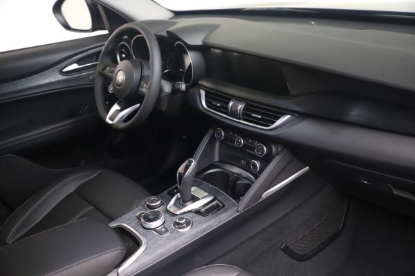 New 2021 Alfa Romeo Stelvio Q4 for sale $49,945 at Alfa Romeo of Greenwich in Greenwich CT 06830 16