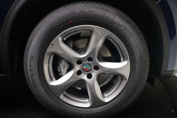 New 2021 Alfa Romeo Stelvio Q4 for sale $49,945 at Alfa Romeo of Greenwich in Greenwich CT 06830 17