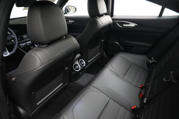 New 2021 Alfa Romeo Giulia Ti Sport Q4 for sale $53,050 at Alfa Romeo of Greenwich in Greenwich CT 06830 15