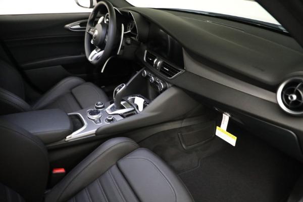 New 2021 Alfa Romeo Giulia Ti Sport Q4 for sale $53,050 at Alfa Romeo of Greenwich in Greenwich CT 06830 17