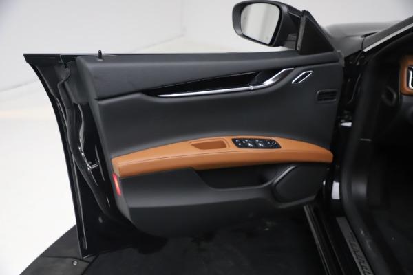 New 2021 Maserati Ghibli S Q4 for sale Call for price at Alfa Romeo of Greenwich in Greenwich CT 06830 14