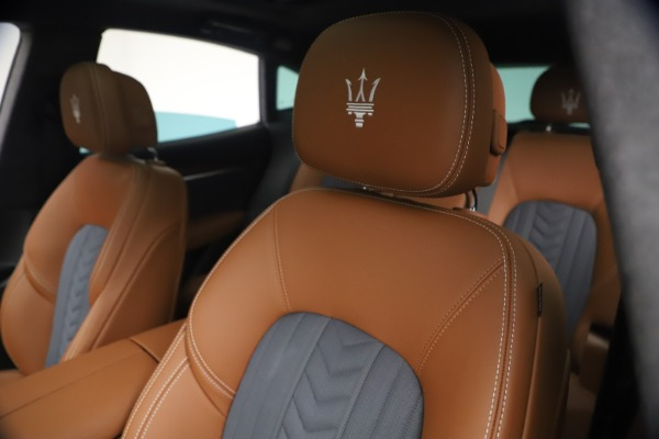 New 2021 Maserati Levante Q4 GranLusso for sale $93,385 at Alfa Romeo of Greenwich in Greenwich CT 06830 15