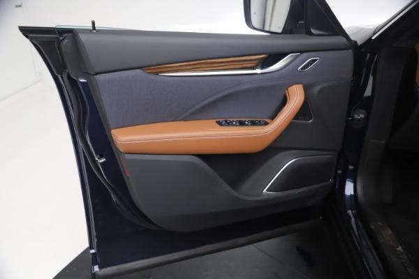 New 2021 Maserati Levante Q4 GranLusso for sale $93,385 at Alfa Romeo of Greenwich in Greenwich CT 06830 16