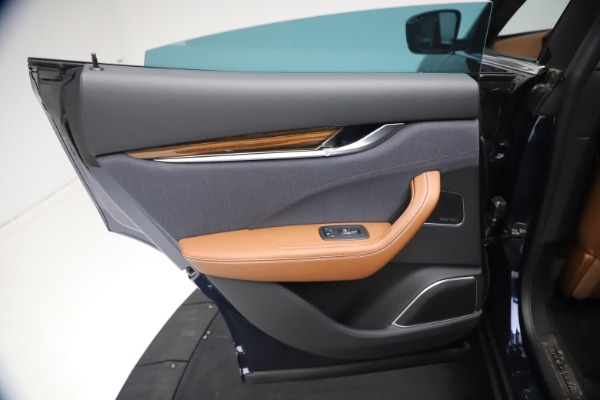 New 2021 Maserati Levante Q4 GranLusso for sale $93,385 at Alfa Romeo of Greenwich in Greenwich CT 06830 20