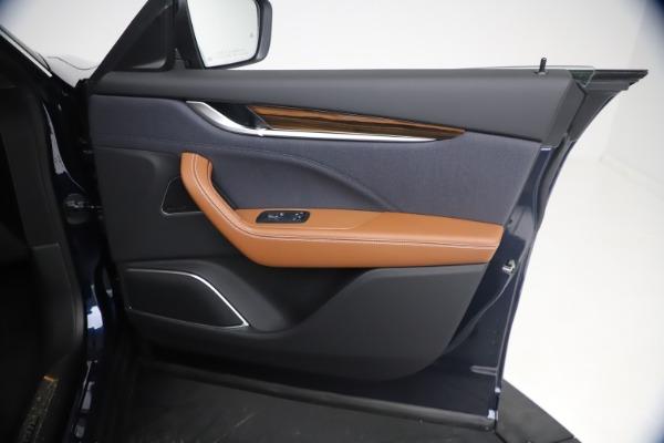 New 2021 Maserati Levante Q4 GranLusso for sale $93,385 at Alfa Romeo of Greenwich in Greenwich CT 06830 23