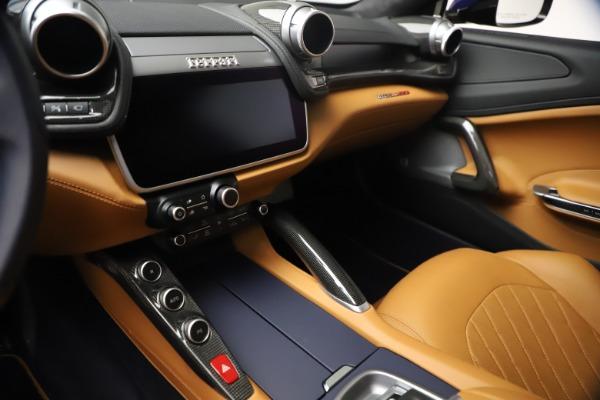 Used 2018 Ferrari GTC4Lusso for sale $289,900 at Alfa Romeo of Greenwich in Greenwich CT 06830 16