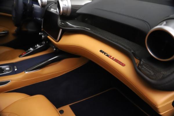 Used 2018 Ferrari GTC4Lusso for sale $289,900 at Alfa Romeo of Greenwich in Greenwich CT 06830 23