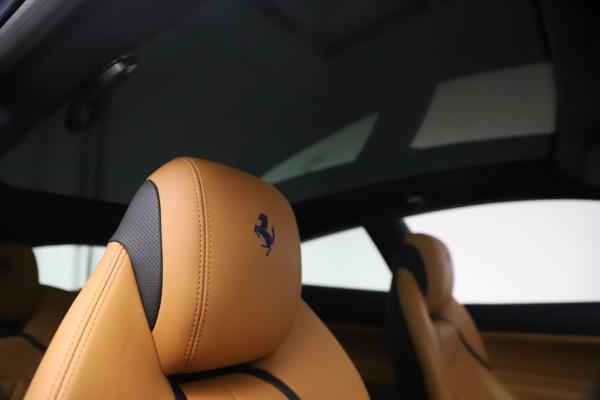 Used 2018 Ferrari GTC4Lusso for sale $289,900 at Alfa Romeo of Greenwich in Greenwich CT 06830 28