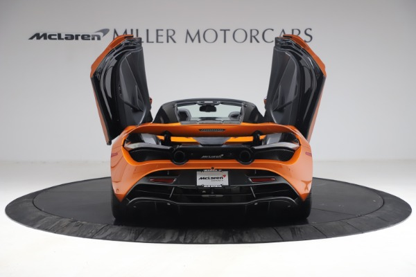 Used 2020 McLaren 720S Spider for sale $335,900 at Alfa Romeo of Greenwich in Greenwich CT 06830 18