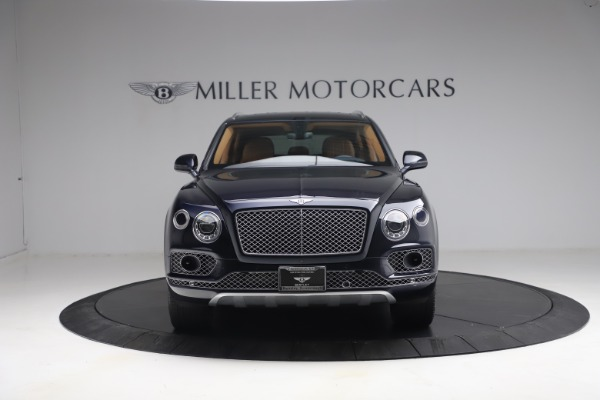 Used 2018 Bentley Bentayga W12 Signature for sale $149,900 at Alfa Romeo of Greenwich in Greenwich CT 06830 12