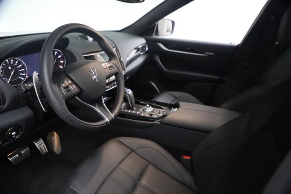New 2021 Maserati Levante GranSport for sale $73,900 at Alfa Romeo of Greenwich in Greenwich CT 06830 14