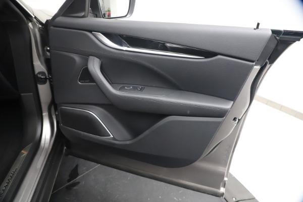 New 2021 Maserati Levante GranSport for sale $73,900 at Alfa Romeo of Greenwich in Greenwich CT 06830 24