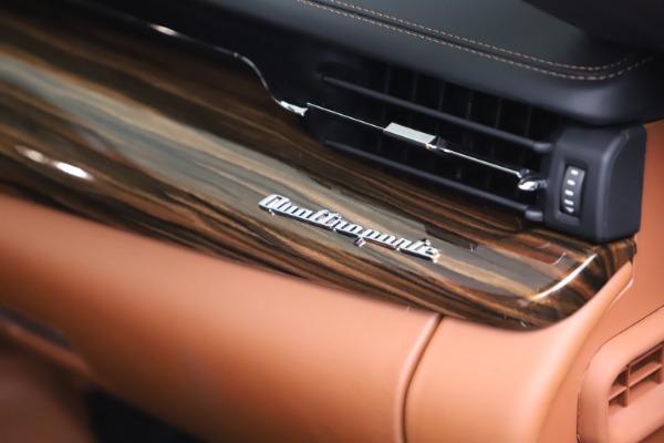 New 2021 Maserati Quattroporte S Q4 GranLusso for sale $129,135 at Alfa Romeo of Greenwich in Greenwich CT 06830 21