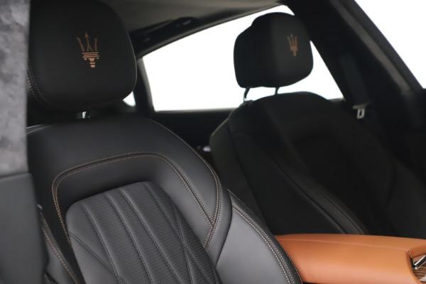 New 2021 Maserati Quattroporte S Q4 GranLusso for sale $129,135 at Alfa Romeo of Greenwich in Greenwich CT 06830 25