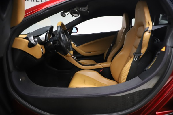 Used 2012 McLaren MP4-12C for sale Call for price at Alfa Romeo of Greenwich in Greenwich CT 06830 16