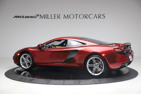 Used 2012 McLaren MP4-12C for sale Call for price at Alfa Romeo of Greenwich in Greenwich CT 06830 3