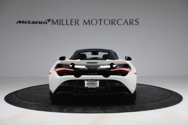 New 2021 McLaren 720S Spider for sale $366,670 at Alfa Romeo of Greenwich in Greenwich CT 06830 16