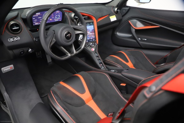 New 2021 McLaren 720S Spider for sale $366,670 at Alfa Romeo of Greenwich in Greenwich CT 06830 22