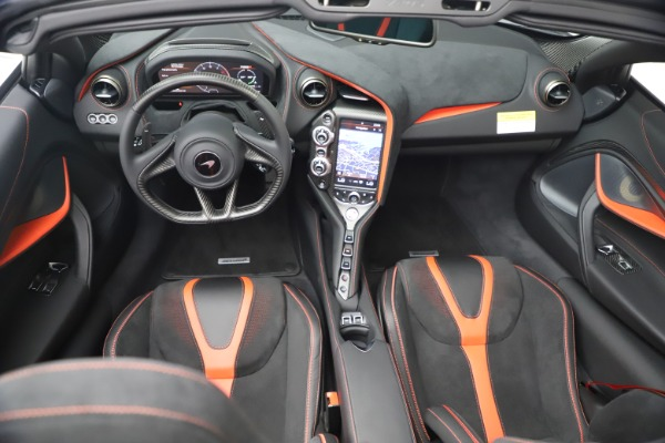 New 2021 McLaren 720S Spider for sale $366,670 at Alfa Romeo of Greenwich in Greenwich CT 06830 25