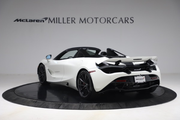 New 2021 McLaren 720S Spider for sale $366,670 at Alfa Romeo of Greenwich in Greenwich CT 06830 4