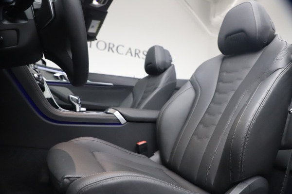 Used 2019 BMW 8 Series M850i xDrive for sale Sold at Alfa Romeo of Greenwich in Greenwich CT 06830 25
