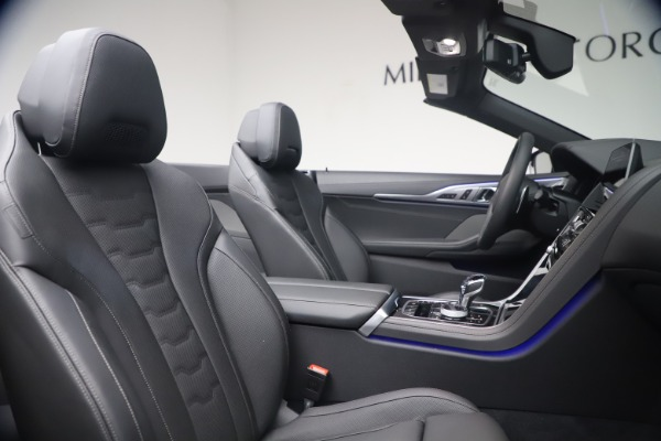 Used 2019 BMW 8 Series M850i xDrive for sale Sold at Alfa Romeo of Greenwich in Greenwich CT 06830 28