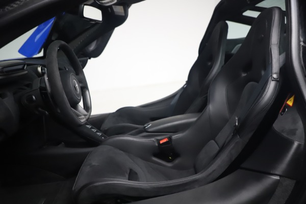 Used 2020 McLaren 720S Performace for sale $334,990 at Alfa Romeo of Greenwich in Greenwich CT 06830 25