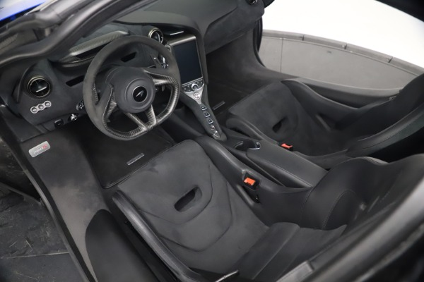 Used 2020 McLaren 720S Performace for sale $334,990 at Alfa Romeo of Greenwich in Greenwich CT 06830 26