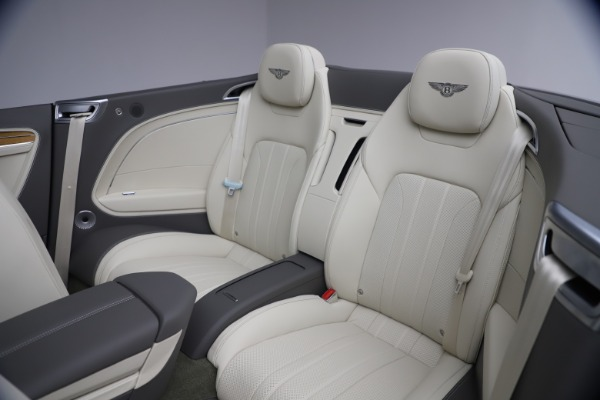 New 2020 Bentley Continental GT V8 for sale $269,605 at Alfa Romeo of Greenwich in Greenwich CT 06830 28