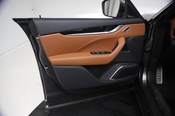 New 2021 Maserati Levante GranSport for sale $73,900 at Alfa Romeo of Greenwich in Greenwich CT 06830 16