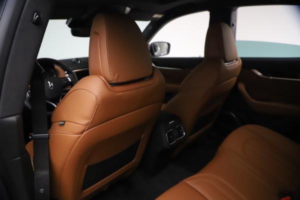 New 2021 Maserati Levante GranSport for sale $73,900 at Alfa Romeo of Greenwich in Greenwich CT 06830 17
